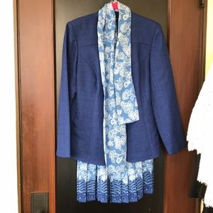Leslie Fay vintage blue 2PC skirt suit
